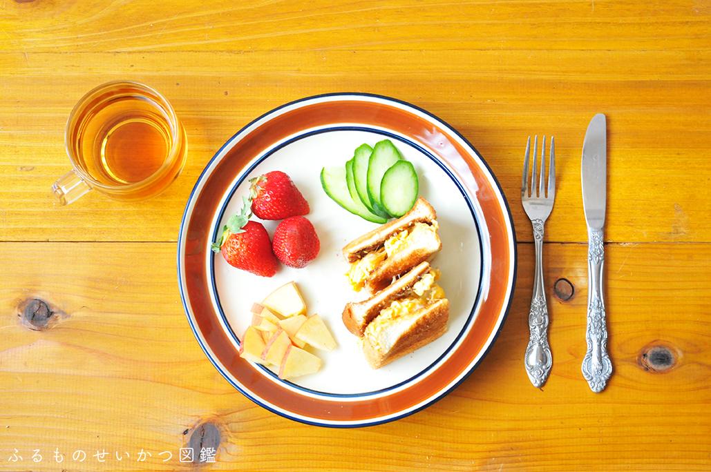 50円で買ったシンプルでおしゃれなレトロ皿を朝食用に活用!