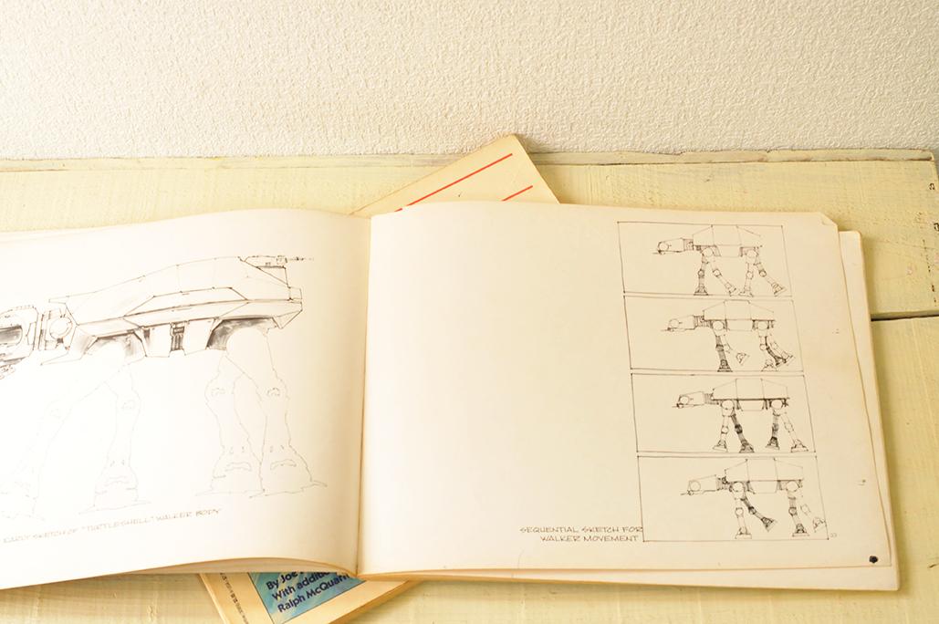 スターウォーズのスケッチブック本は様々なキャラクターデザインが載っている