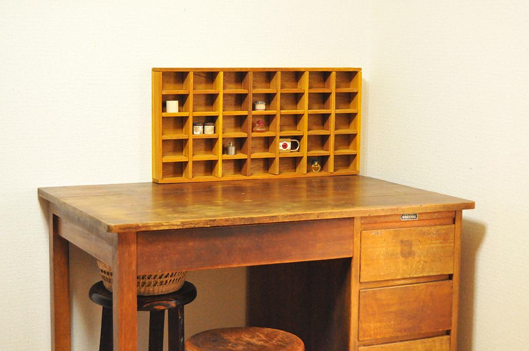 古道具好きが通うリサイクルショップで見つけた机