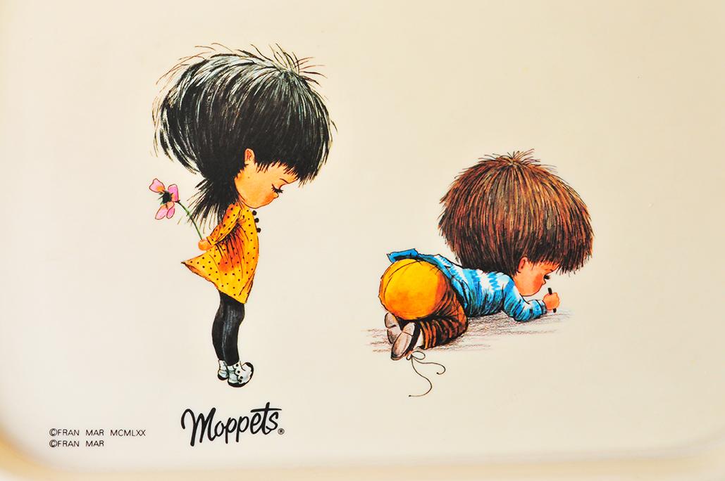 フランマーのmoppetsシリーズのミニトレーは独特のイラストが可愛い
