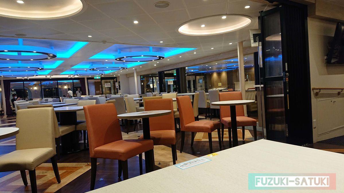 レストランの内観の写真