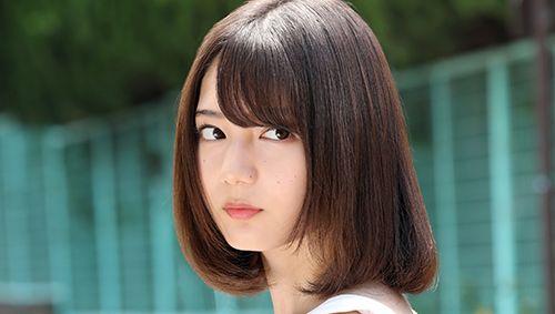 日向坂46小坂菜緒が、11月15日(金)から全国公開の映画「恐怖人形」で映画初出演で主演を務める