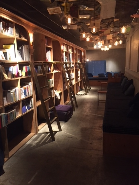BOOK AND BED TOKYO店内