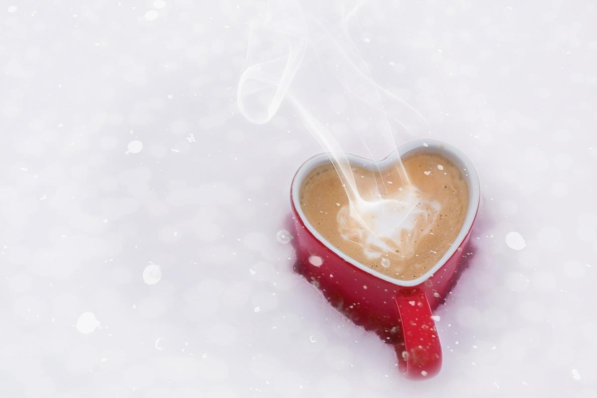 ハート形のカップ。心
