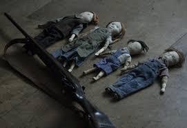 作中に出てくる4兄妹の人形