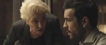 弁護士グッドマンと容疑者のドリア
