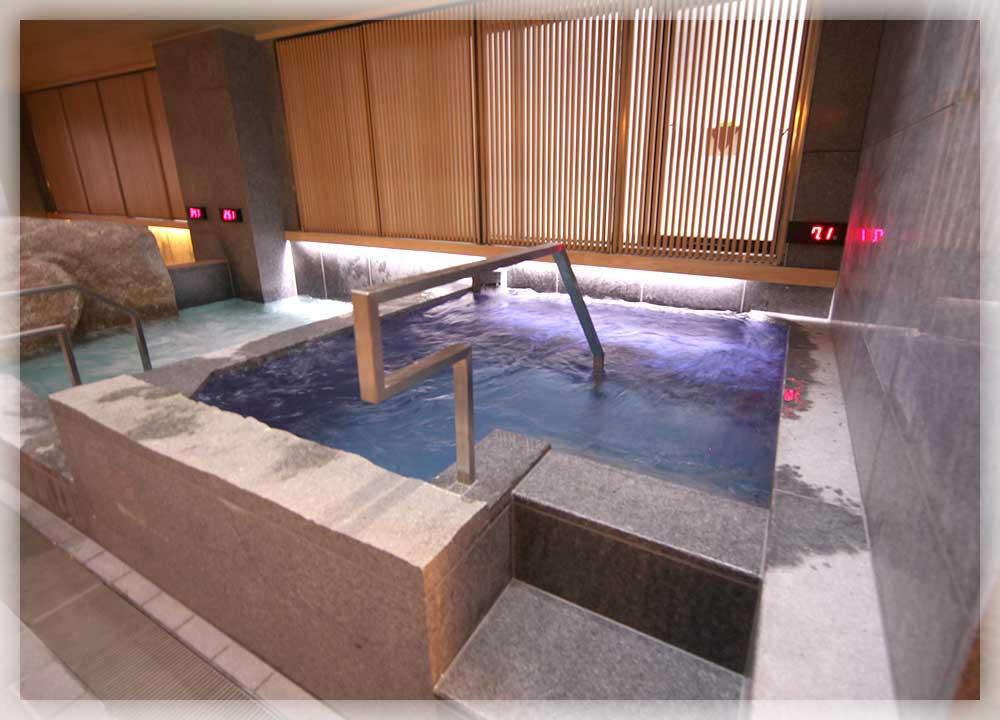 低温の水風呂