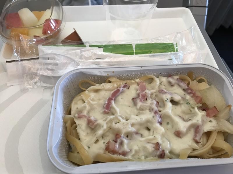 フィンエアーAY078のエコノミー機内食(軽食)
