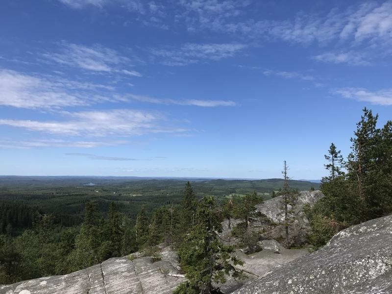 コリ国立公園険しい地形(岩)