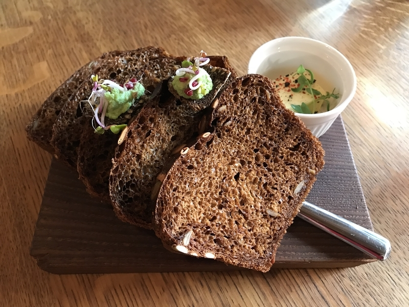 Rataskaevu16のパン