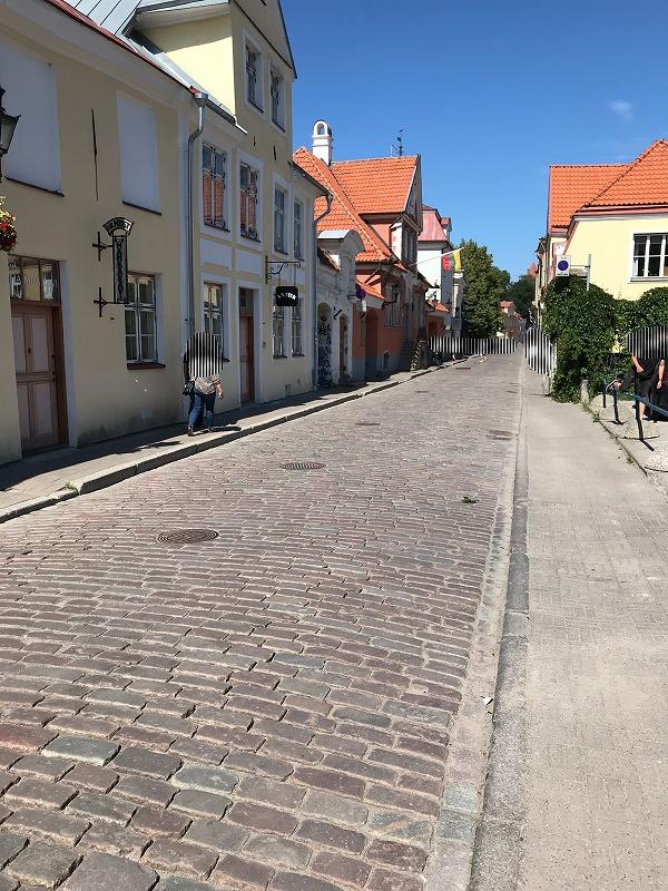 タリン旧市街の道