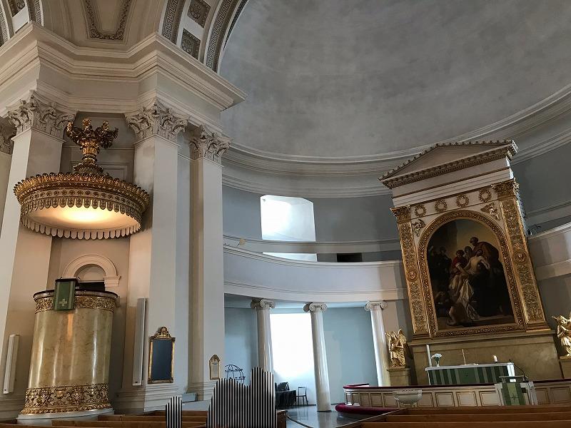 ヘルシンキ大聖堂内部