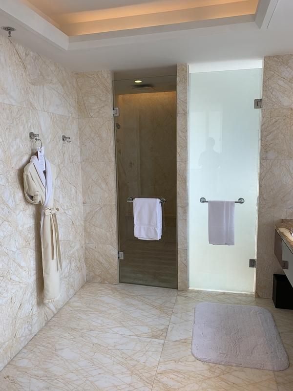 RC成都のプレジデンシャルスイート バスルーム