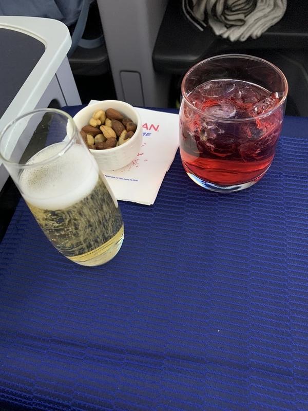 ユナイテッド航空機内食01