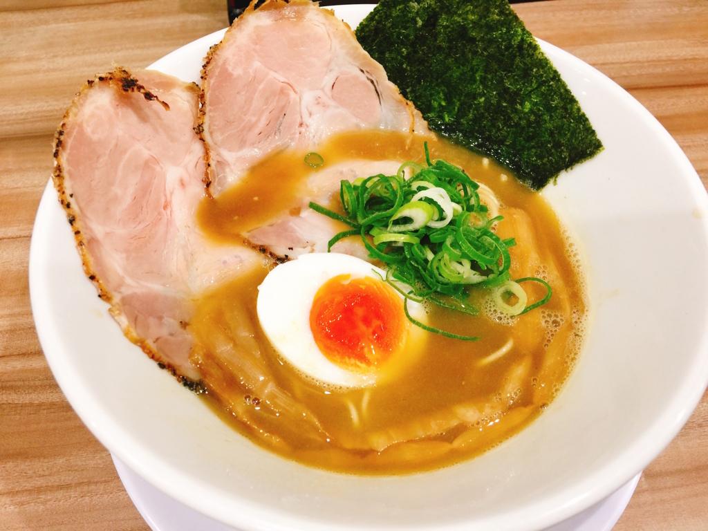 ラー麺陽はまた昇る、とりとんこつラー麺画像