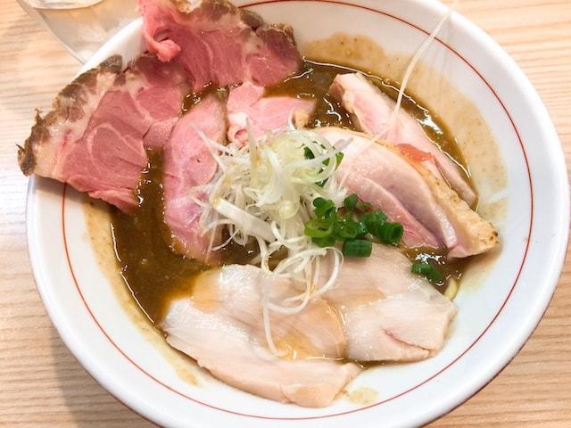 鶏谷ラーメン画像01