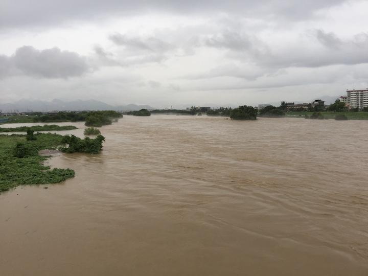 記録的大雨のイメージ04