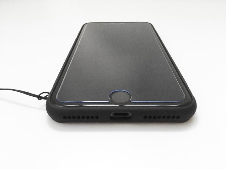 iPhone 8 Plus強化ガラスハードケースのイメージ05