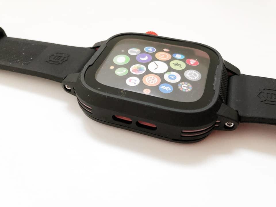 Apple Watch バンド一体型保護ケースのイメージ05