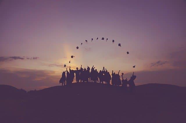 卒業式のイメージ01