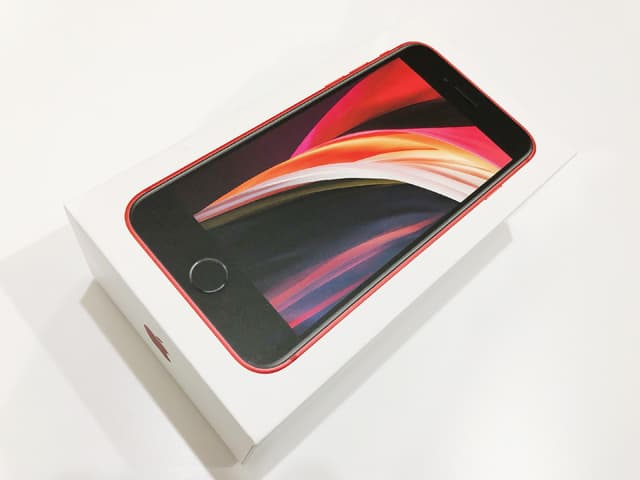 iPhone SE(第2世代)のイメージ02