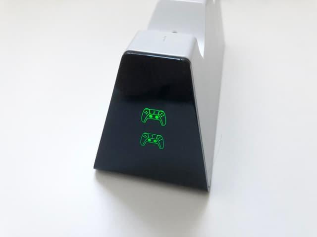 PS5コントローラー用デュアル充電スタンドのイメージ06