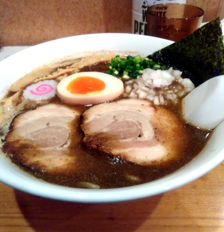 らー麺Chopさんの中華そば 並(太麺) 750円