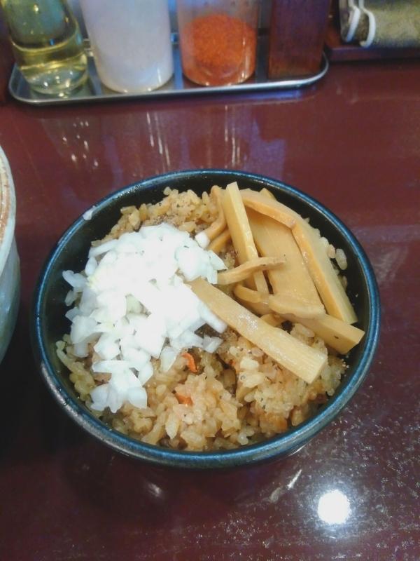 麺屋照の坊さんの炊き込みご飯 200円