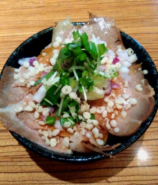 niboさんの肉めし 350円