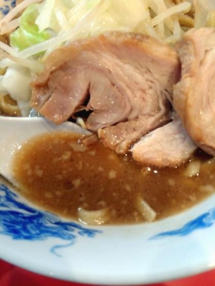 ドン・キタモトさんのラーメンのスープ