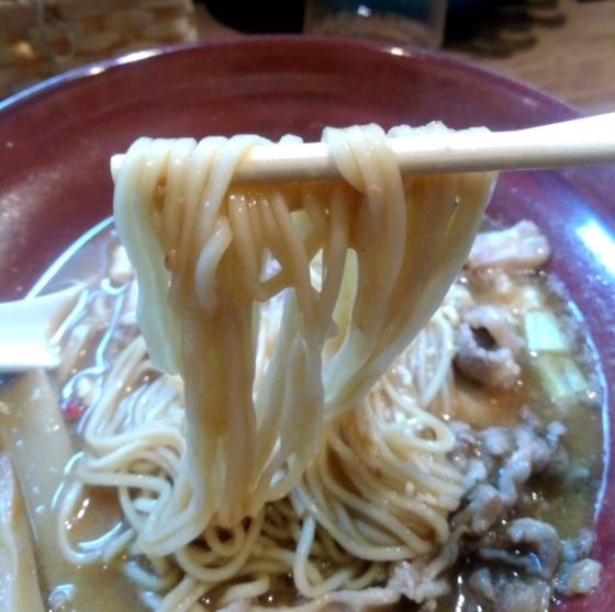 極-Kiwami-みそSOBAの麺