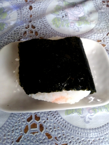 熊本ラーメンみち丸さんのおにぎり(めんたい)150円