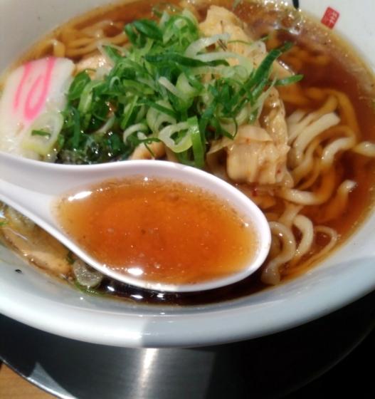 川越醤油らーめんのスープ