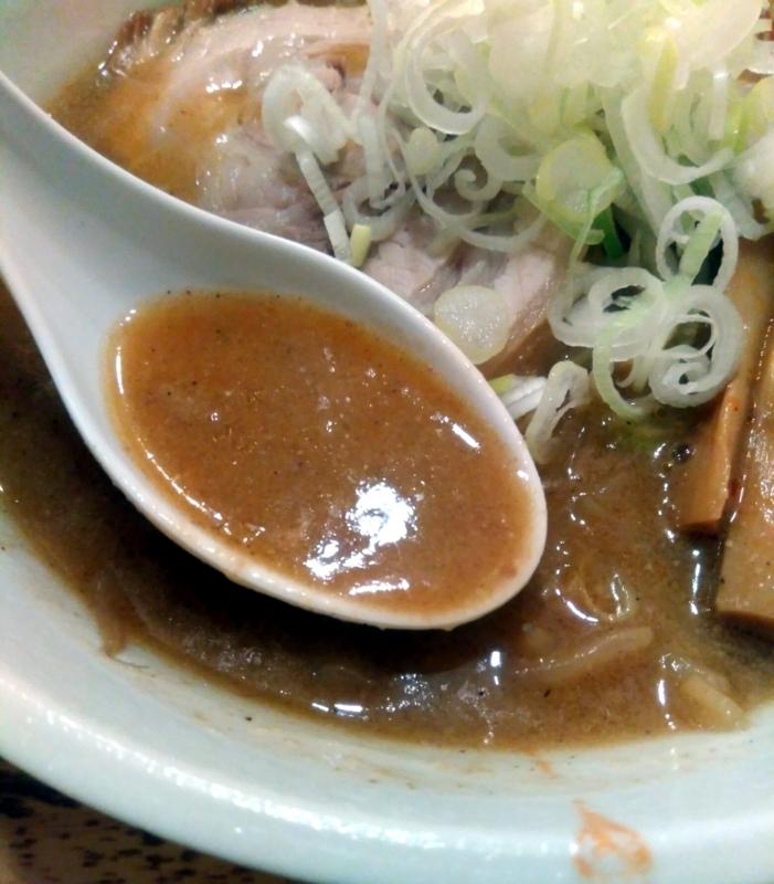 麺処慶さんの味噌ラーメンのスープ