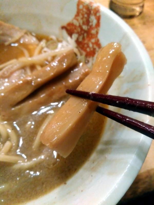 麺処慶さんの極太メンマ