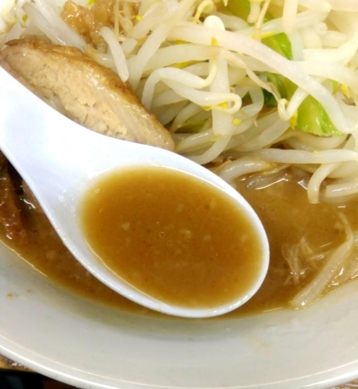 ラーメン一心さんのラーメンのスープ