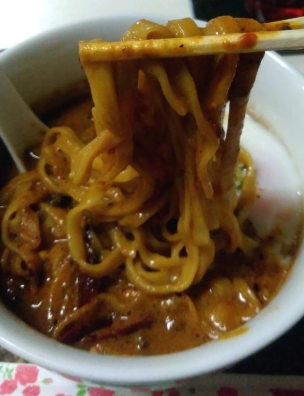 龍門瀑さんのフィットチーネ風平打麺