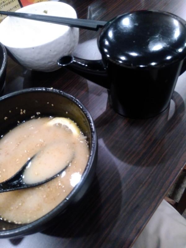 横道さんの割りスープに使われる湯桶