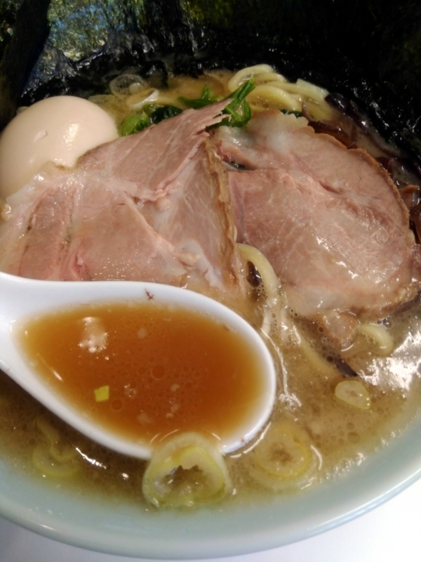 楊喜家ラーメンのスープ