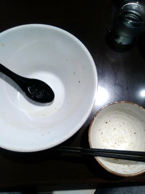 中華そば輝羅さんで完食完飲。
