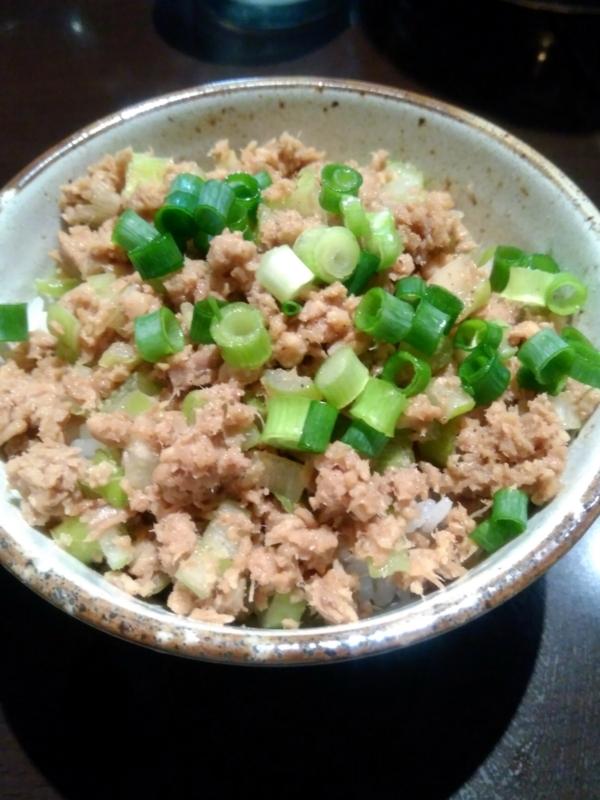 中華そば 輝羅さんのチャーシュー丼 250円
