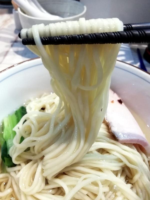真鯛の淡麗つけそば〜昆布水〜の麺