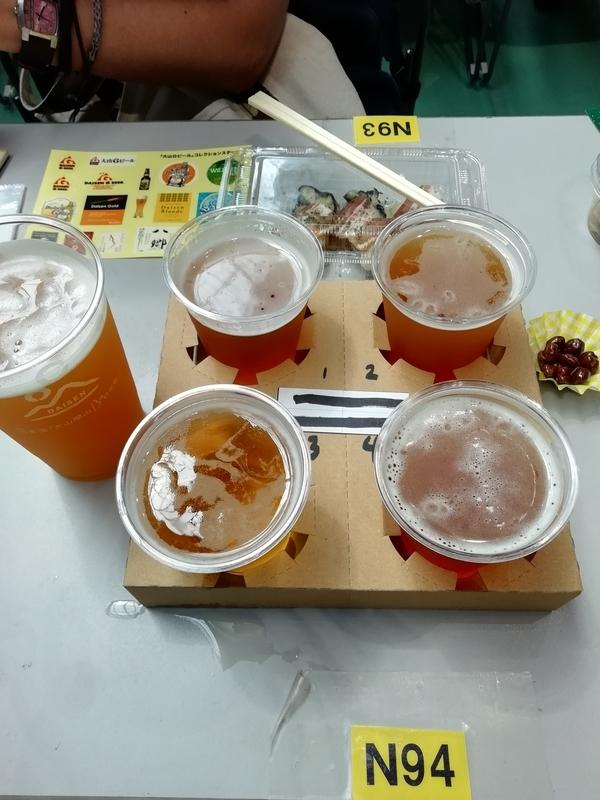 大山Gビールさんの限定ホワイトエールと冷製蒸し牡蠣、YUWA TRADEさんのフルセイル飲み比べ