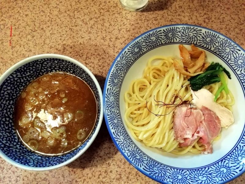 麺処かつ善さんの秋刀魚のつけそば 780円(オープン記念価格)