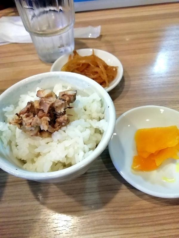 麺やしし丸さんの小ライス 120円