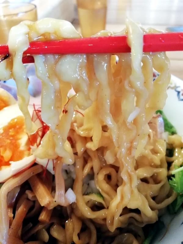 くじら食堂nonowa東小金井店さんの自家製平打ちピロピロ麺
