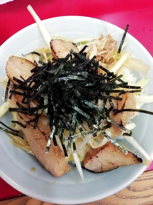 ラーメンショップ金田亭さんのネギ豚トロ丼 300円
