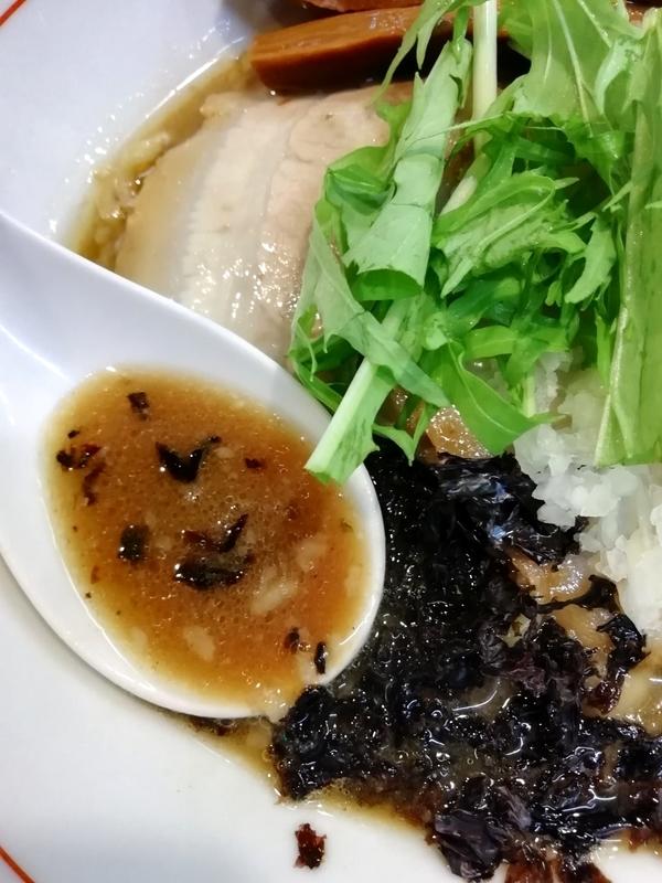 秋刀魚らーめんのスープ