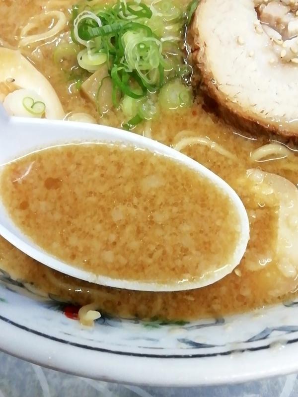 特製味噌背脂そばのスープ