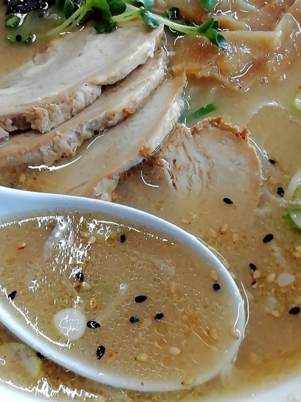 味噌チャーシューメンのスープ